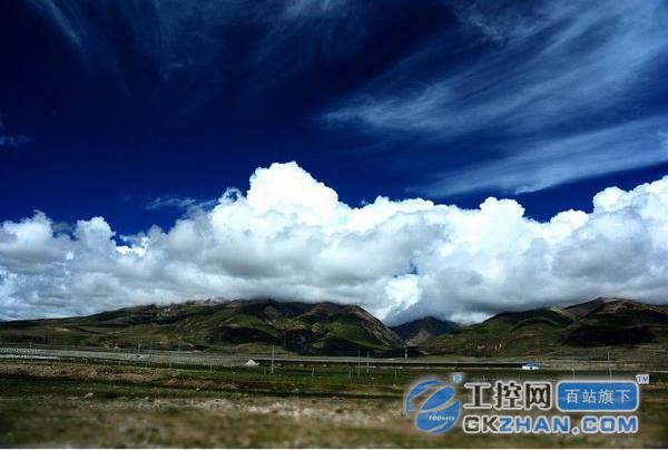 铁路格拉段东起青海格尔木,西至西藏拉萨,全长1142公里,其中海拔4000