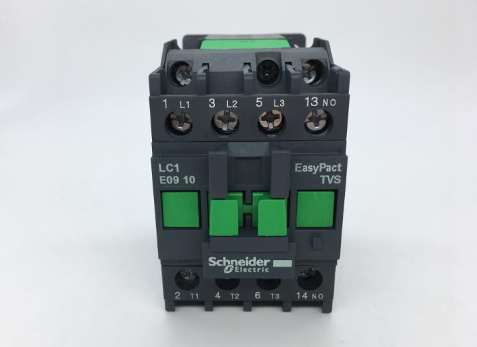 施耐德交流接触器lc1-e0901