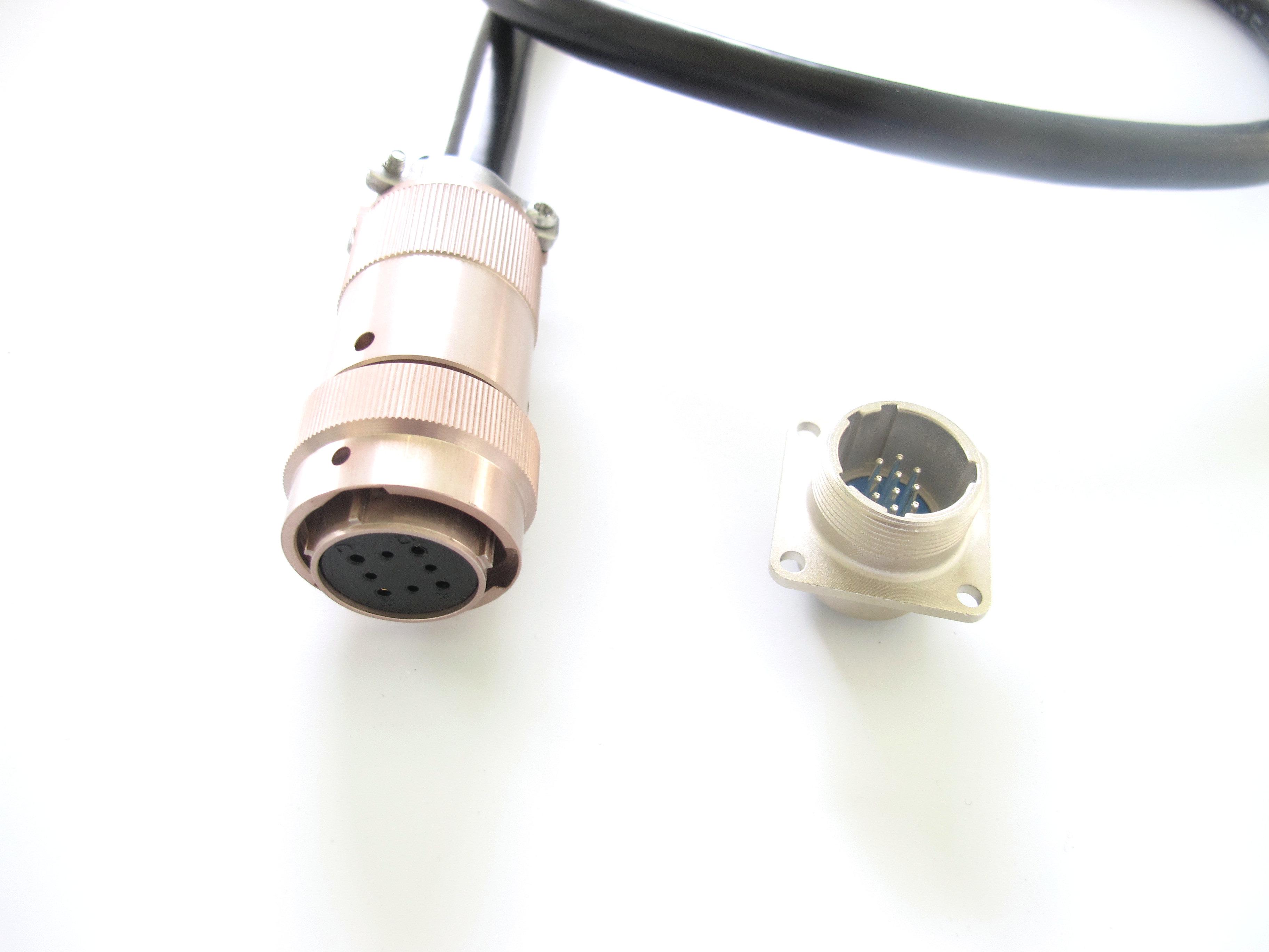 防开路航空插头FTU/DTU智能电网圆形接插件航空插头